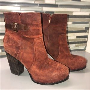 Pelle Moda brick red ankle boots